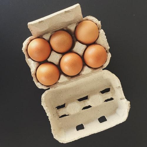 """Biedronka wycofuje jajka """"trójki"""" ze sprzedaży"""